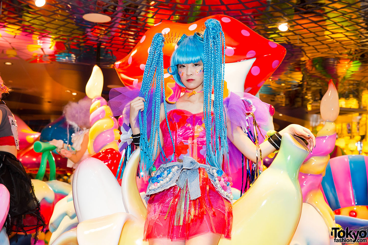 Kawaii-Monster-Cafe-Harajuku-013